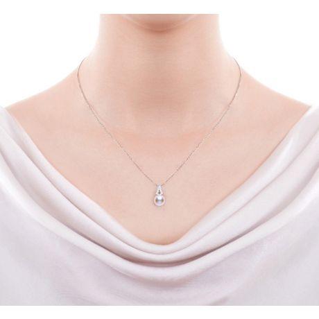 Pendentif perle du Japon Akoya. Michiko. Or blanc et diamants