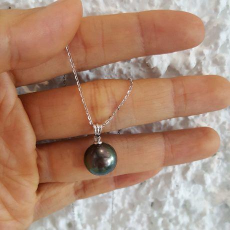 Pendentif bélière or blanc striée - Perle de Tahiti noire, bronze