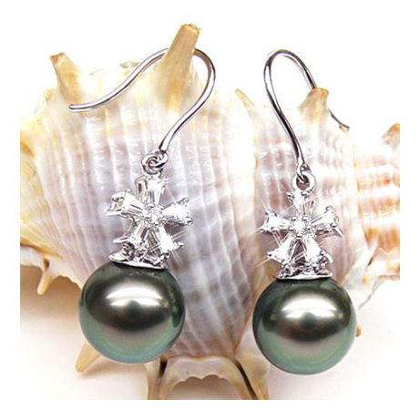 Boucles d'oreilles perles Tahiti - Création florale - Or blanc, diamants