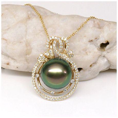 Pendentif 3 coeurs - Amour - Perle de Tahiti - Or jaune, diamants
