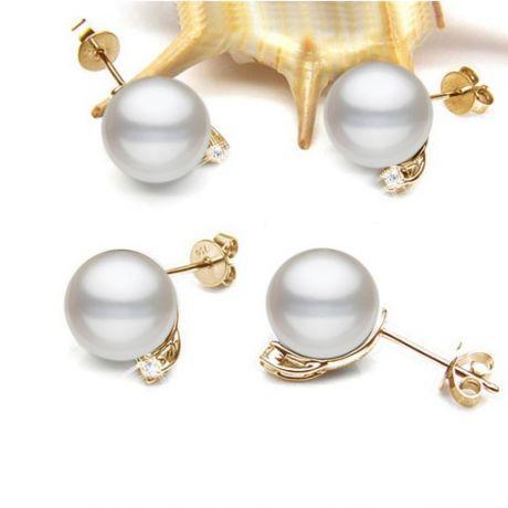 Boucles oreilles perles et puces diamants. Or jaune