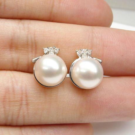 Clous d'oreilles chapeau demoiselle en perles - Or blanc, diamants