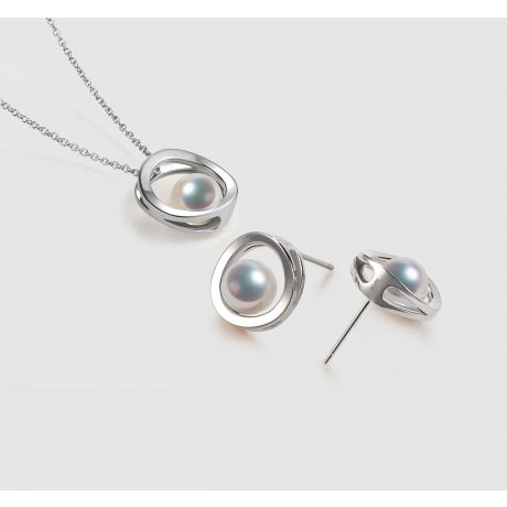 Pendentif et Boucles Himiko. Perles Akoya, Or blanc, diamants.