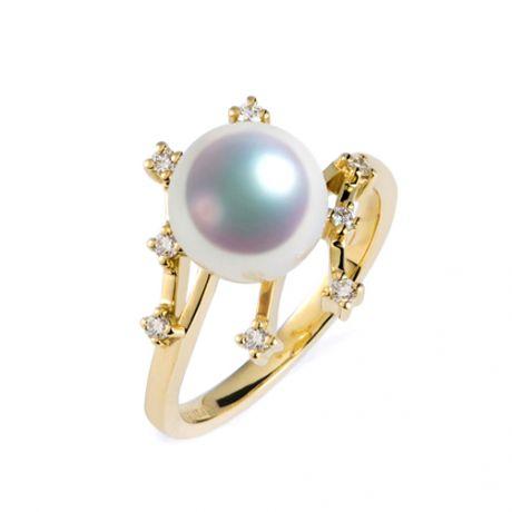 Bague Étoile des neiges. Perle Akoya, Or jaune, diamants
