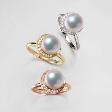 Bague Hinata. Couronne Or blanc et Diamants. Perle Akoya