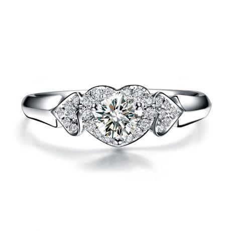Anello di Fidanzamento Cuori Splendidi - 3 Cuori in Diamanti & Oro Bianco | Gemperles